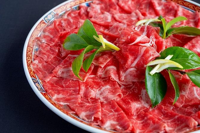 豪華な仙台牛のお食事